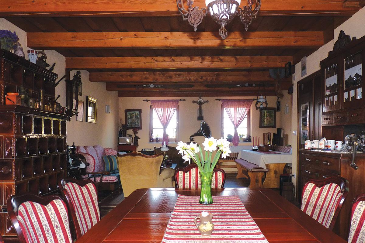 Profine Group - photo: interijer kuće na obiteljskom gospodarstvu u Međimurju, Hrvatska. Stolarija Kömmerling.