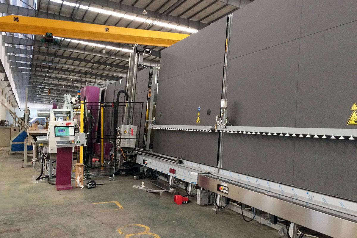 Sunglas proizvodnja danas iznosi do 600 kvadratnih metara dnevno