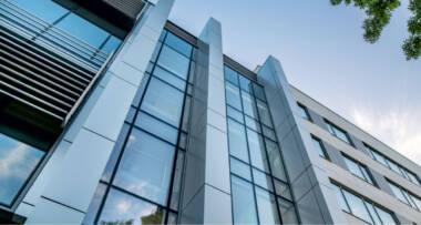 Yawal S.A. je jedan od vodećih proizvođača arhitektonskih sistema aluminijumskih profila u Poljskoj
