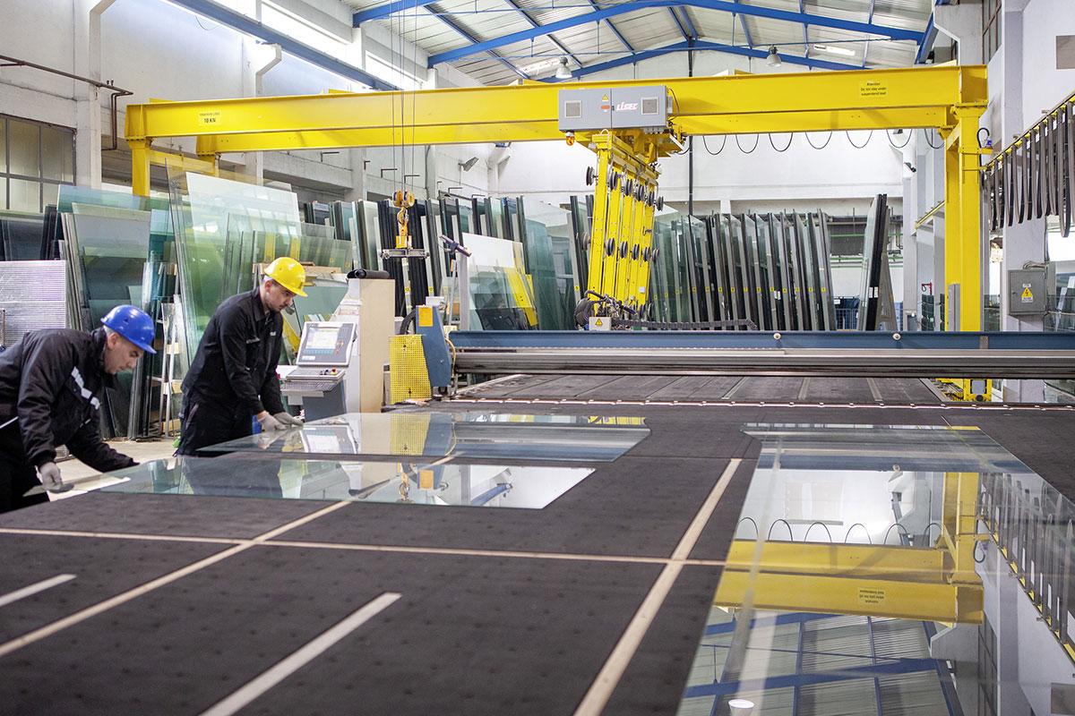 Kompanija Kristal - proizvodnja i obrada stakla
