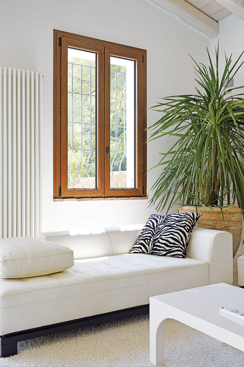 AluK, PVC stolarija, prozor u dnevnoj sobi