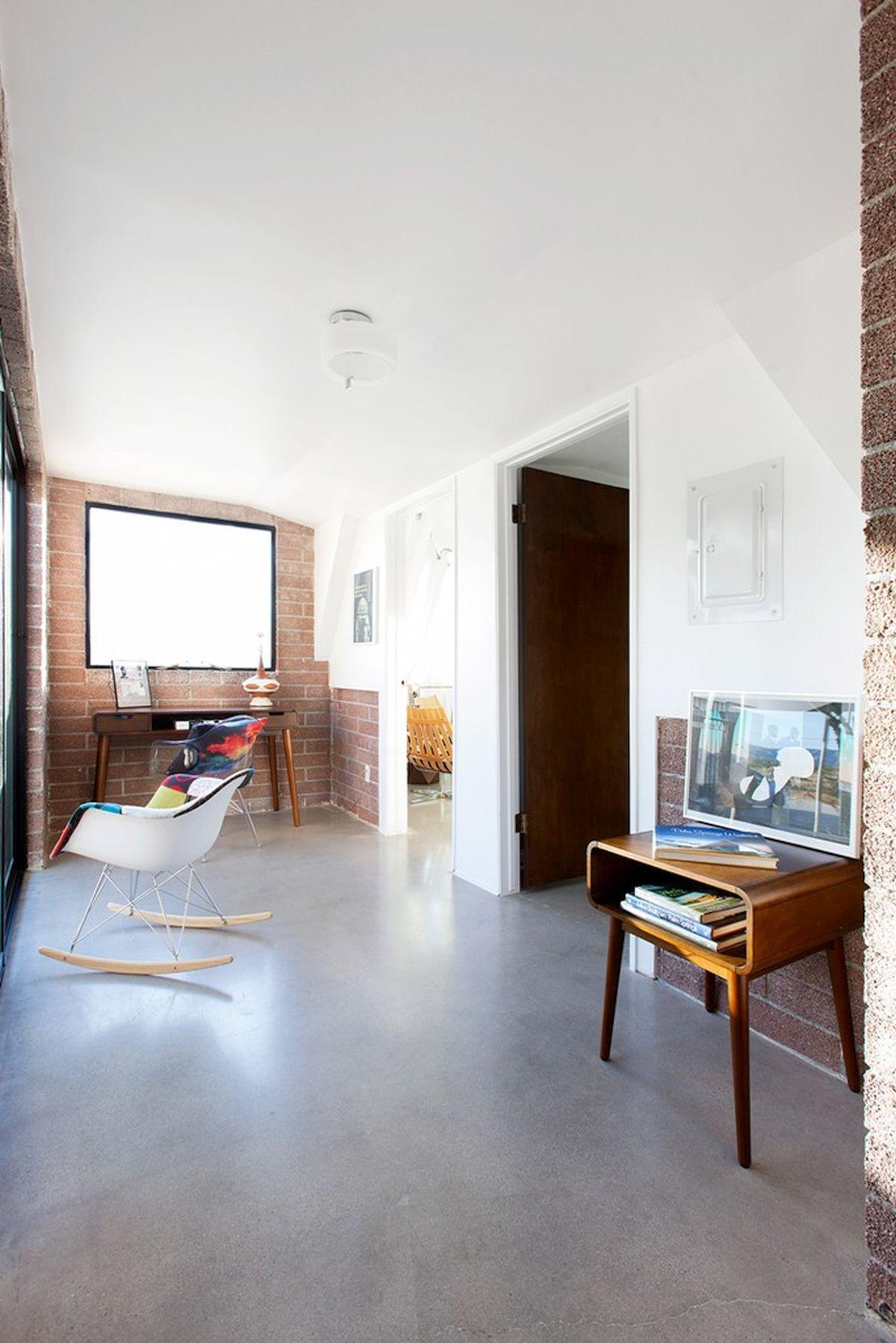 kancelarija u kući
