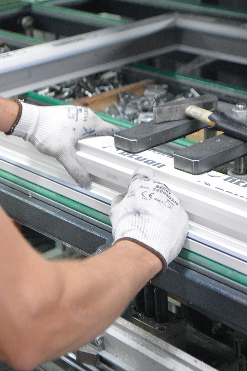 JOVISTE doo / proizvodnja PVC stolarije