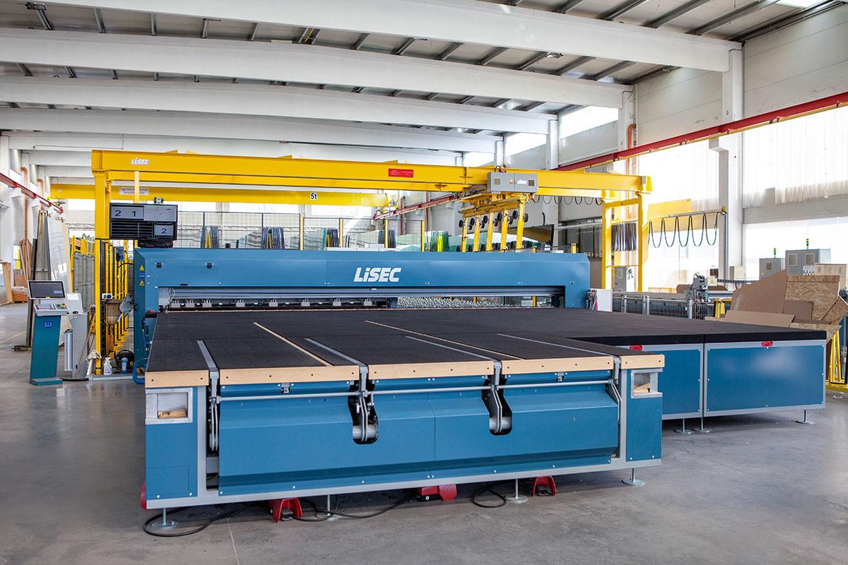 Rákosy Glass Kft. proizvodnja građevinskog stakla