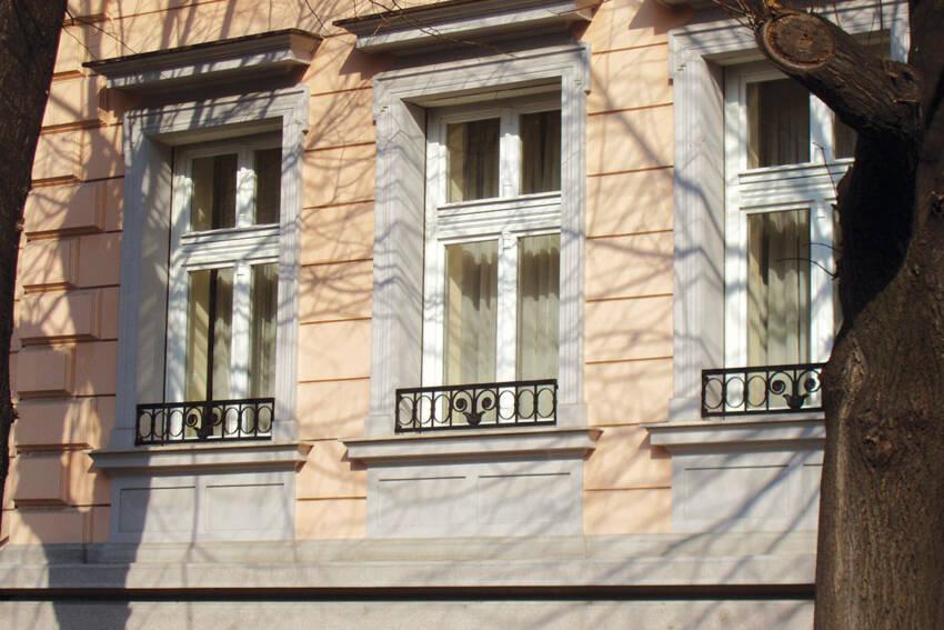 Unidas / Drveni prozori u beloj boji